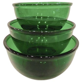 Set of 3 Vintage Forest Green Glass Mixing Bowls
