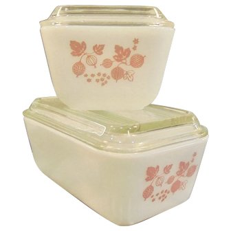 Pyrex Pink Gooseberry Refrigerator Dishes