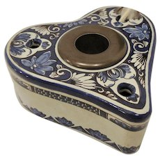 Williamsburg Delft Heart Shaped Inkwell with Insert