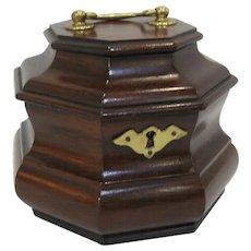 Henkel Harris Virginia Galleries Mahogany Octagonal Tea Caddy