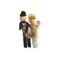 Vintage BRIDE & GROOM Wedding PIPE Cleaner Spun COTTON & Chenille DOLLS or Cake Topper