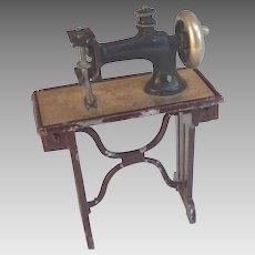 Antique GERMAN DOLL HOUSE Miniature Cast Metal  Sewing Machine