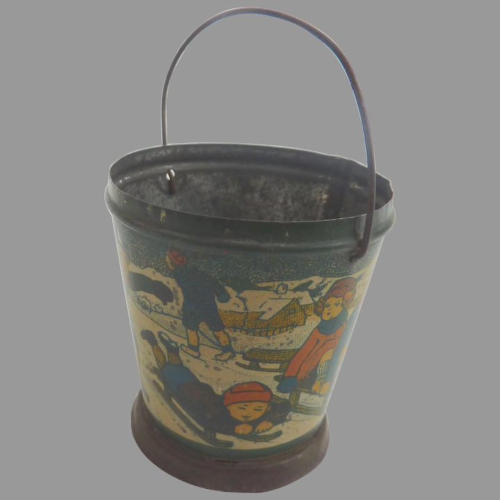 Dollhouse  Miniature Hand-made  Galvanize  Bucket  With Handle