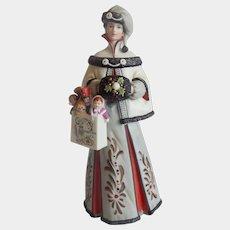 Avon 1999 Mrs. P. F. Albee Figurine