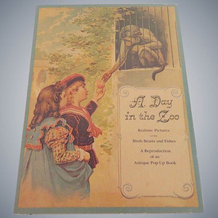 A Day In The Zoo 1980 Pop-Up-Book
