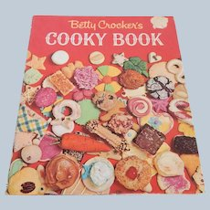 Betty Crocker's Cooky Book First Edtion Fourth Printing