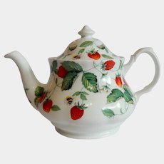 Roy Kirkham Alpine  Fine Bone China Teapot