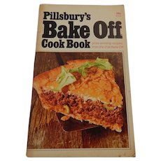 Pillsbury's 21st Bake Off Cookbook