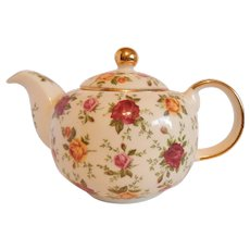 Royal Albert Old Country Roses Classic IV Teapot
