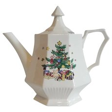 Nikko Christmastime Tea Pot