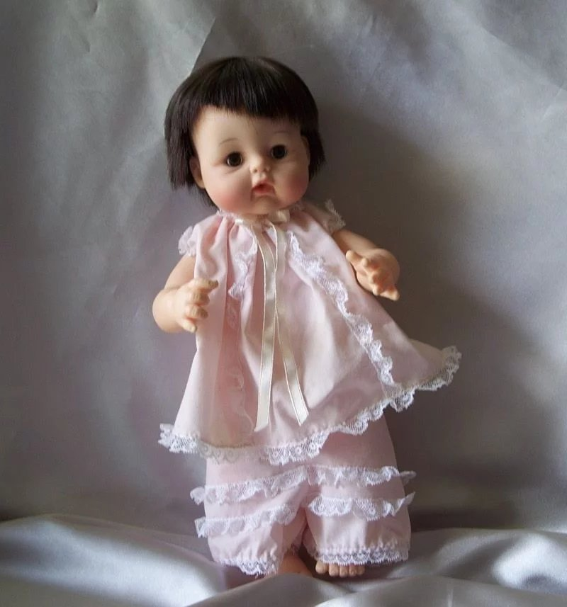 Madame Alexander Sweet Baby Doll : Colemans Collectibles