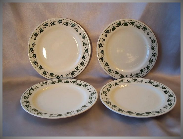 Set of Four Homer Laughlin Plates & Set of Four Homer Laughlin Plates : Colemans Collectibles | Ruby Lane