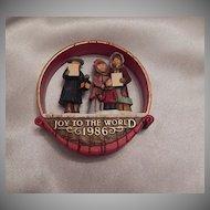 Hallmark Keepsake Joyful Carolers 1986 Ornament