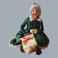 Byers Choice Sitting Mrs. Santa Claus Caroler