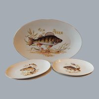 Naaman Israel Decorated Oval Fish Platter and Four Plates
