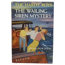 The Hardy Boys The Wailing Siren Mystery #30