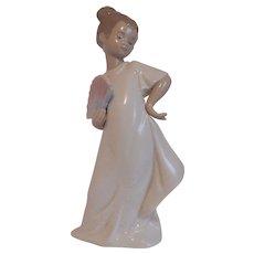 "Nao by Lladro ""I Am Pretty"" Figurine"