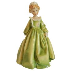 Royal Worcester Freda Doughty Figurine Grandmother's Dress