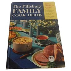 The Pillsbury Family Cook Book 1969