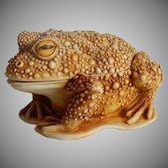 Harmony Kingdom Awaiting A Kiss Frog Treasure Jest
