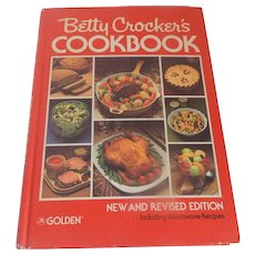 Betty's Crocker's New and Revised Edition Cookbook 1980