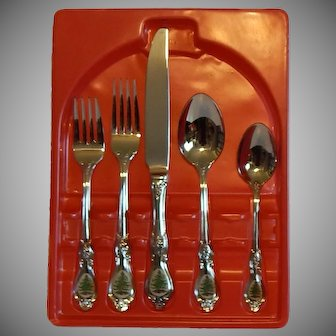 Spode Christmas Tree 20 Piece Flatware Set