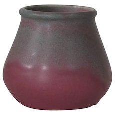 Muncie #117 vase, green over rose