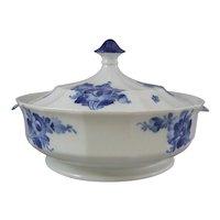 Royal Copenhagen Porcelain Blue Flowers Angular Blaue Blume Lidded Serving Bowl 8535