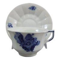 Blue flower curved Kaffeetasse Royal Copenhagen Blaue Blume geschweift