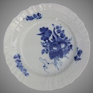 Royal Copenhagen Porcelain Denmark Blue Flowers Curved 1624 Plate 7.9 in.