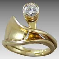 Modern Contemporary 14k Gold Diamond Engagement Ring and Wedding Band Set
