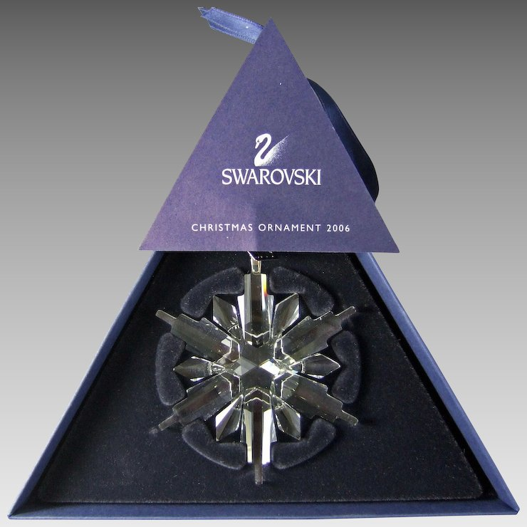 2006 Swarovski Crystal Snowflake Annual Edition Christmas Ornament - 2006 Swarovski Crystal Snowflake Annual Edition Christmas Ornament