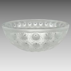 Lalique Crystal Nemours 11010 Bowl - Free Domestic USPS Priority Shipping
