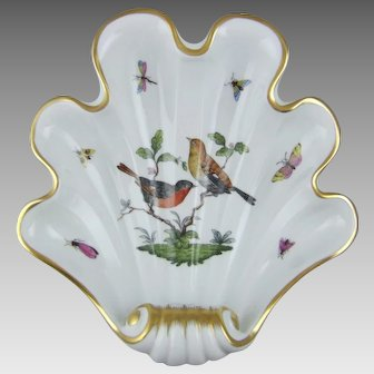 Herend Hand Painted Porcelain Rothschild Bird Shell Dish