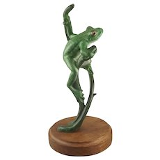 """""""Jeepers Creepers"""" Tree Frog Patinated Bronze Sculpture by Wildlife & Marine Artist -  Sculptor Kim Shaklee"""