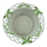 Belleek Woven Porcelain Basket 2008 Christmas Holly & Mistletoe Limited Edition #14 of 500
