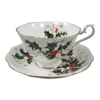 Christmas Pattern Royal Albert Bone China England Yuletide Cup and Saucer Set