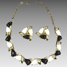 Vintage Necklace Earrings Black White Plastic Molded Thermoset Leaves