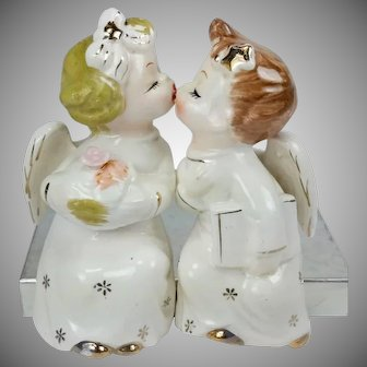 Vintage Kissing Angels Shelf Sitters Boy Girl Figures Japan