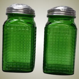 Vintage Green Glass Waffle Pattern Spice Jars PAIR Owens Illinois