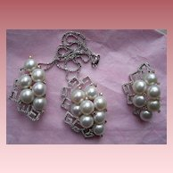 Outstanding, Cultured Pearls and Diamonds Set/Suite Necklace/Earrings ca 1950