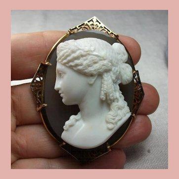 Museum Quality Hard Stone Cameo Brooch of Ariadne