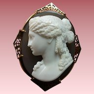 Museum Quality Hard Stone Cameo Brooch of Ariadne