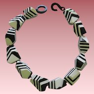 French Designed Chunky Resin Choker Necklace In Black And White