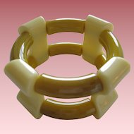 French 1940's Hard Plastic Resin Stretch Bracelet