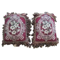 Pair Of Victorian Beaded Pillows On Velvet Excellent Condition