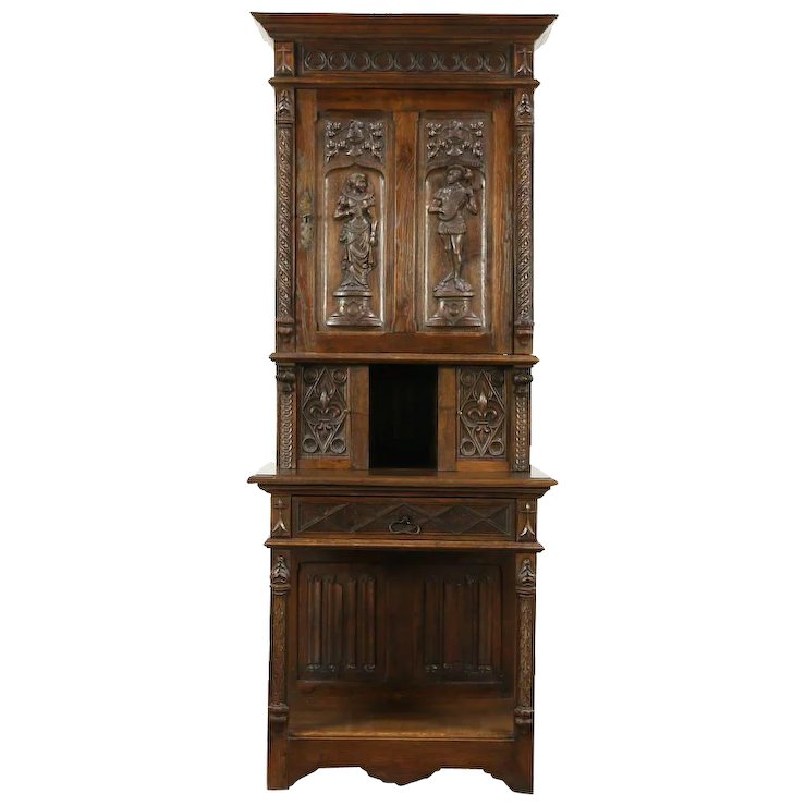 French Gothic Antique 1900 Oak Cabinet, Hand Carved Figures - French Gothic Antique 1900 Oak Cabinet, Hand Carved Figures : Harp