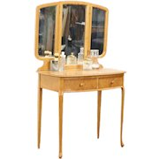Curly Birdseye Maple 1910 Antique Vanity or Dressing Table