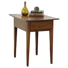 Walnut Hepplewhite 1770 Antique Lamp or Side Table, Nightstand, New England