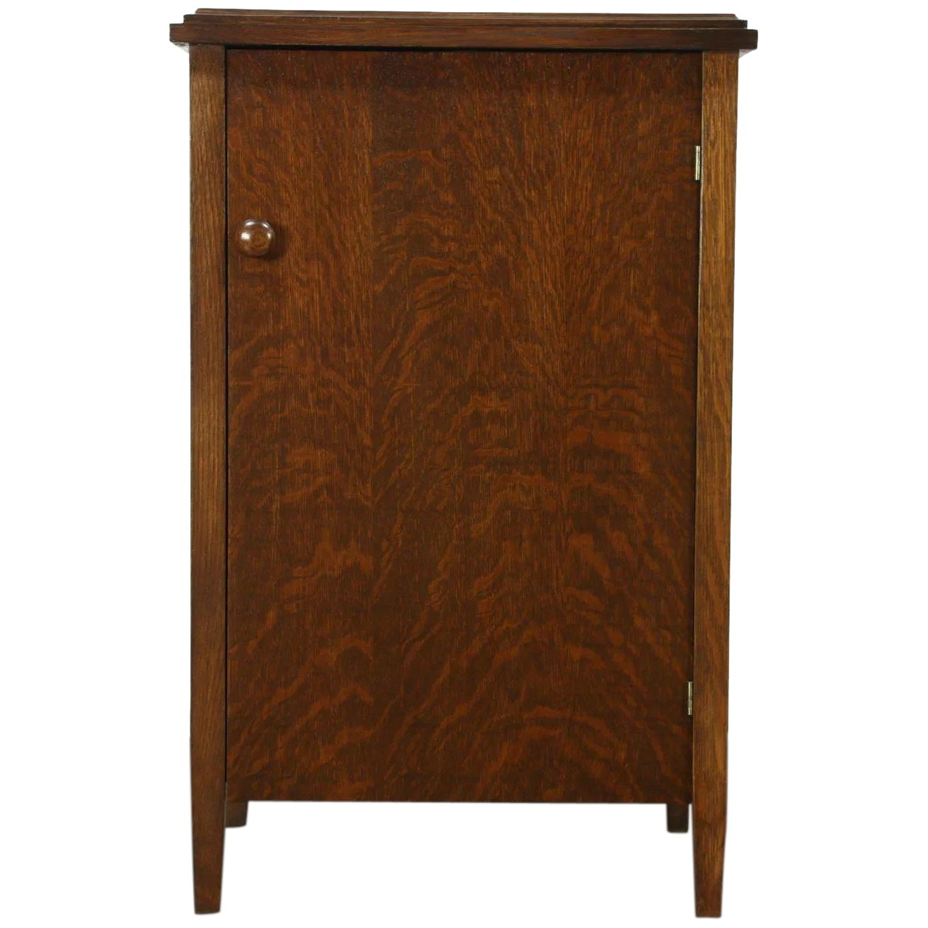 Click to expand - Oak Antique Phonograph Record Cabinet, Talking Machine Co, Chicago